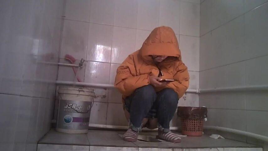 91地址发布页_新厕拍女生宿舍记录妹子一星期的晨尿 - 91热爆